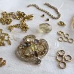 Vintage-Brooch-Necklace-Materials