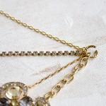 Vintage-Brooch-Necklace-step-8
