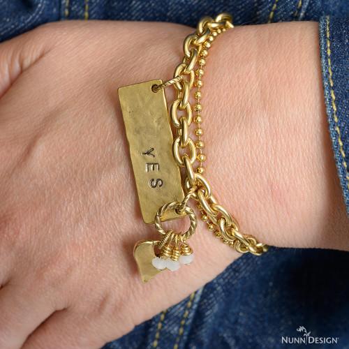 _DSC9243_yes-bracelet-logo