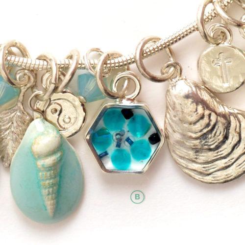sea-charm-bracelet-letterss-Brev
