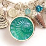 sea-charm-bracelet-letterss-C
