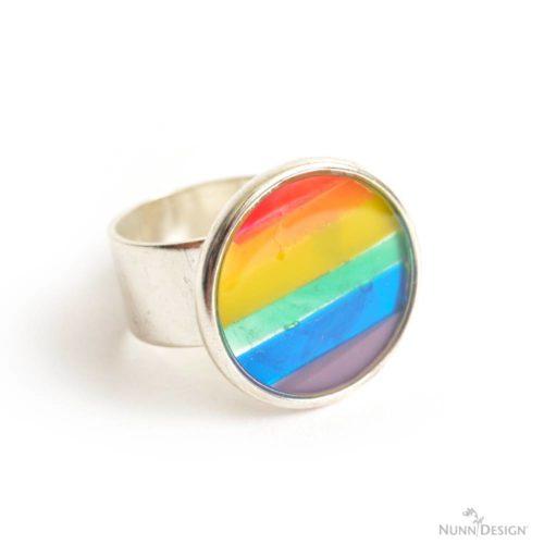 DIY Rainbow Ring