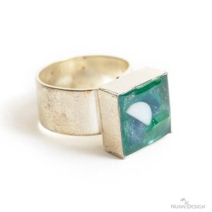 Colorized Resin Ring