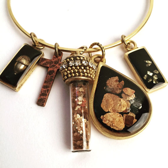 Resin Jewelry with Mica Flakes