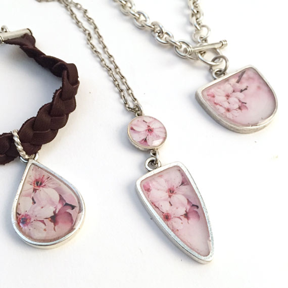 Flower Resin jewelry with Bezel Shapes