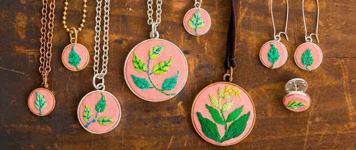 Jewelry Kits For Embroidery Are Designed The With Limited Making Experience Grande Large And Mini Bezels Sold A Jumpring