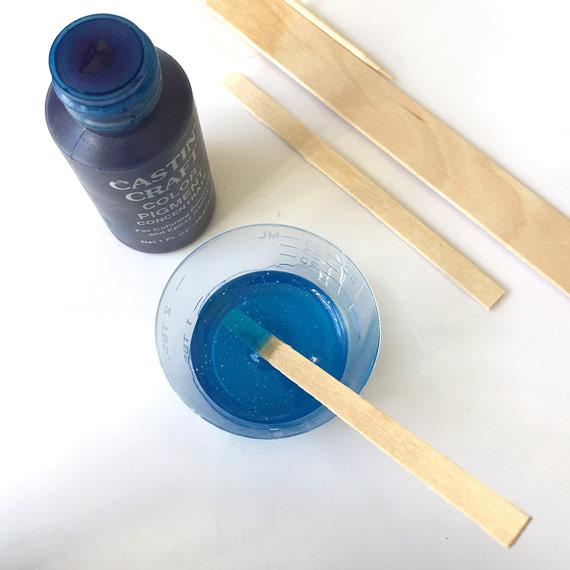 Castin' Craft Blue Pigment and Nunn Design Resin