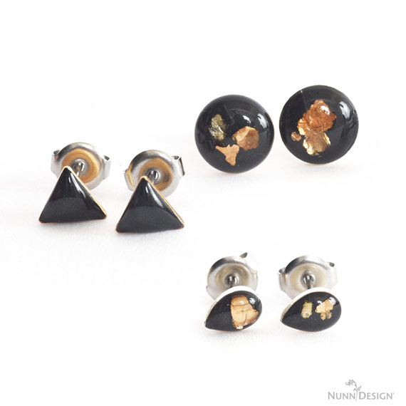 Bitsy Earrings with Mica Flakes