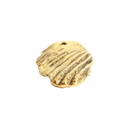 Charm Organic Scallop ShellAntique Gold