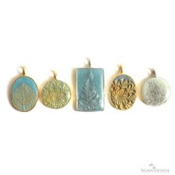 Class 2: Create Texture with a Silicone Mold, Colorized Crystal Clay, PearlEx Powders and Nunn Design Resin